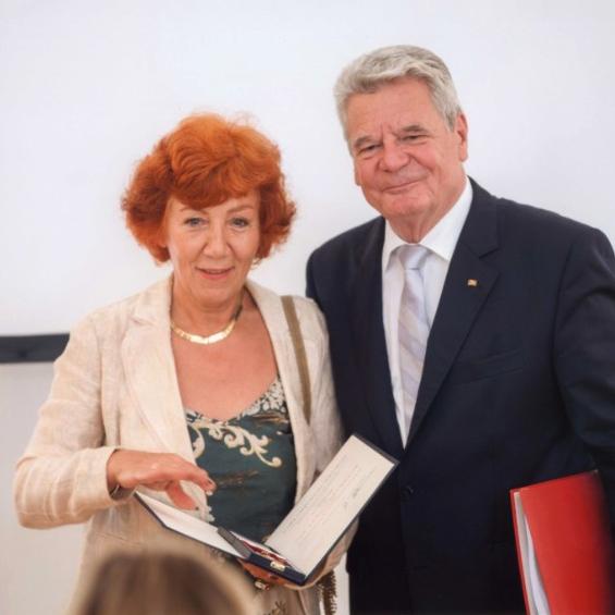 Verleihung des Bundesverdienstkreuzes an Jutta Hager